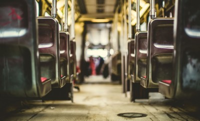 bus-731317_1920