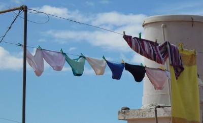 underwear-687415_1920