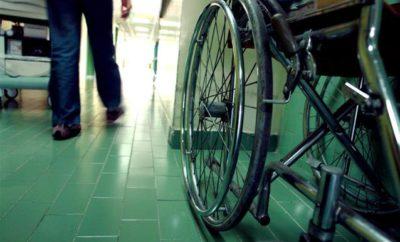 wheelchair-1576246-638x425